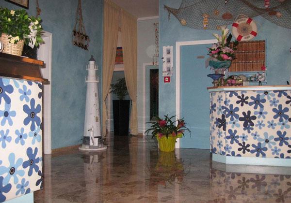 ingresso-albergo.jpg